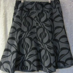 H & M black/ grey skirt size 10